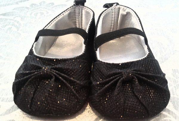 (Infant black shoes)(IS600)( R140)( 6-12mx3,12-18mx3)